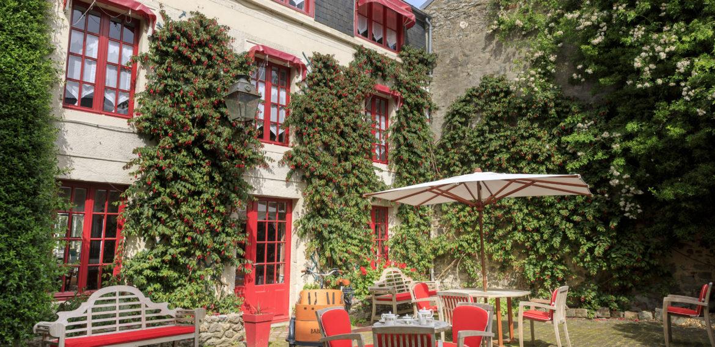 Hôtel-Restaurant France – Les Fuchsias - hôtel-Les-Fuchsias-Exterieur Prises de vues hotel@Photographe architecture