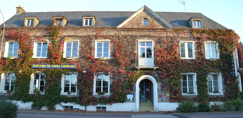 Hôtel-Restaurant Auberge du Vieux Château - Auberge du Château  façade (31)