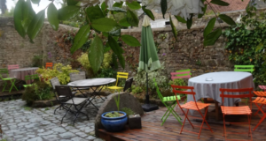 restaurant-Cour sarrasine Valognes terrasse-cotentin-tourisme