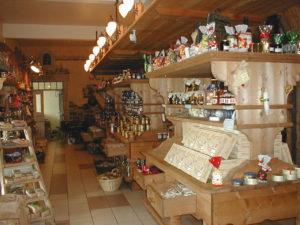 la maison du biscuit - boutique interieur dans le departement de la manche - cotentin normandie @maisondubiscuit-burnouf
