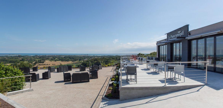 The Panoramique Restaurant - Le Panoramique restaurant exterieur terrasse 2
