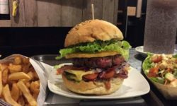 The Restaurant Yalta burger bar