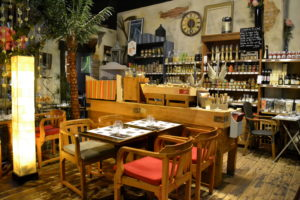 salle-milieu2-restaurant-armoire-à-délices-epicerie-cherbourg-cotentin-normandie@agencesodirect