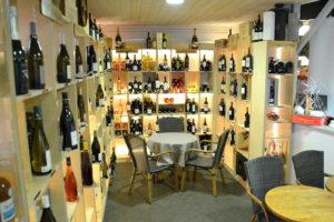 salle-milieu2-restaurant-armoire-à-délices-cave-a-vins-cherbourg-cotentin-normandie@agencesodirect