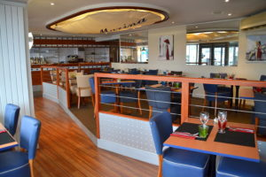 restaurant-la-marina-port-cherbourg-salle-bas-cotentin-normandie@agence-so-direct