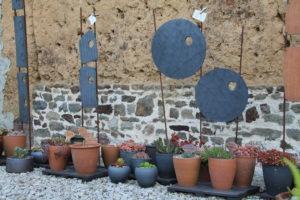poterie-au-gres-du-temps-cotentin-pots-resistants-froid-plantes-jardin